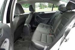 2014 Volkswagen Jetta Hybrid Highline rear seats