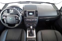 2014 Land Rover LR2 dashboard
