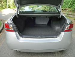 2014 Nissan Altima 2.5 SV trunk