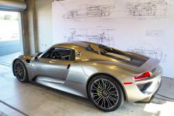 first drive 2015 porsche 918 spyder page 3 of 3 autos. Black Bedroom Furniture Sets. Home Design Ideas