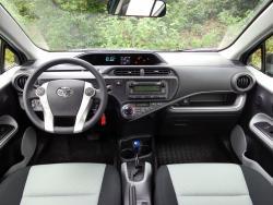 2014 Toyota Prius c dashboard