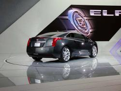 Preview: 2014 Cadillac ELR car previews luxury cars hybrids cadillac auto shows 2013 detroit 2013 autoshows