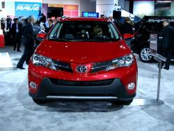 Preview: 2013 Toyota RAV4 toyota reviews car previews auto shows 2013 autoshows 2012 la autoshow