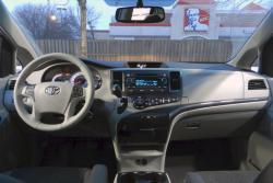 2014 Toyota Sienna SE V6