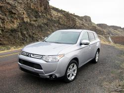 First Drive: 2014 Mitsubishi Outlander mitsubishi first drives