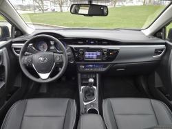test drive 2014 toyota corolla s manual transmission autos ca rh autos ca 2013 Corolla toyota corolla 2014 user guide