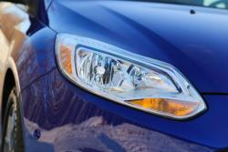 2014 Ford Focus SE headlight