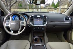 2014 Chrysler 300C Luxury Series AWD dashboard