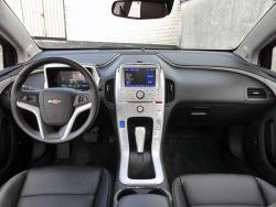 2014 Chevrolet Volt full dashboard