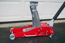 Product Review: MotoMaster 3 Ton Aluminum and Steel Garage Jack auto product reviews car maintenance auto articles auto consumer info