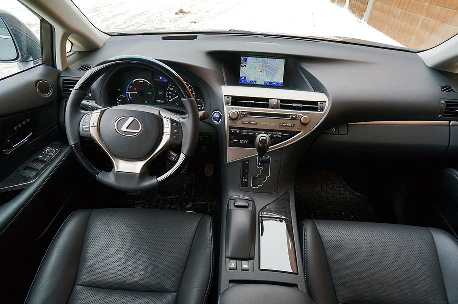 2014 Lexus RX 450h dashboard