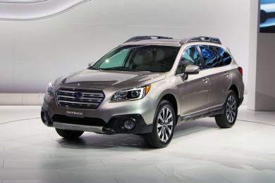 2015 Subaru Outback & 2013 Subaru Outback. Click image to enlarge