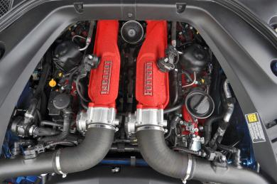 2015 Ferrari California T engine bay
