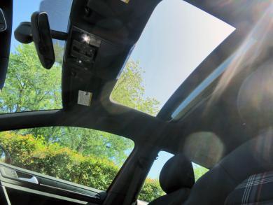 2015 Volkswagen GTI sunroof