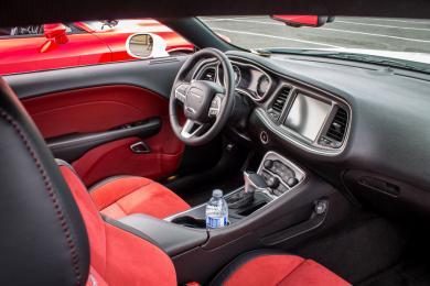 2015 Dodge Challenger Scat Pack dashboard