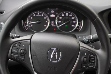 2015 Acura TLX steering wheel