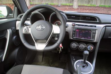 2015 Scion tC driver's seats