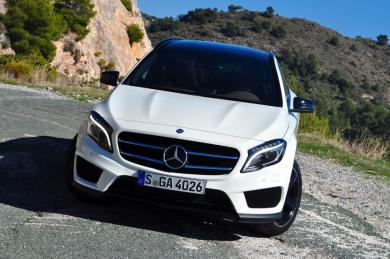 First Drive: 2015 Mercedes Benz GLA Class (GLA 250 and GLA 45 AMG) mercedes benz luxury cars first drives