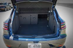 2015 Porsche Macan Turbo cargo area