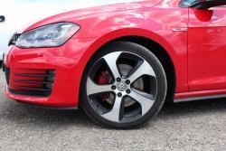2015 Volkswagen GTI wheel