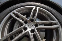 2015 Porsche Macan S wheel detail