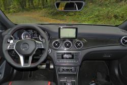 2015 Mercedes-Benz GLA 45 AMG dashboard
