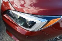 2015 Subaru Legacy 3.6R Limited headlight