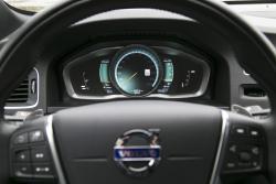 2015 Volvo S60 T6 Drive-E speedometer