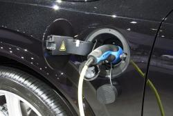 2016 Volvo XC90 charging port