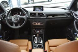 2016 Audi Q3 dashboard