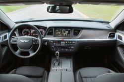 2015 Hyundai Genesis 3.8 V6 dashboard