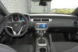 2015 Chevrolet Camaro SS dashboard