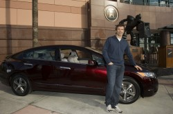 Scott Niedermayer with his Honda FCX Clarity