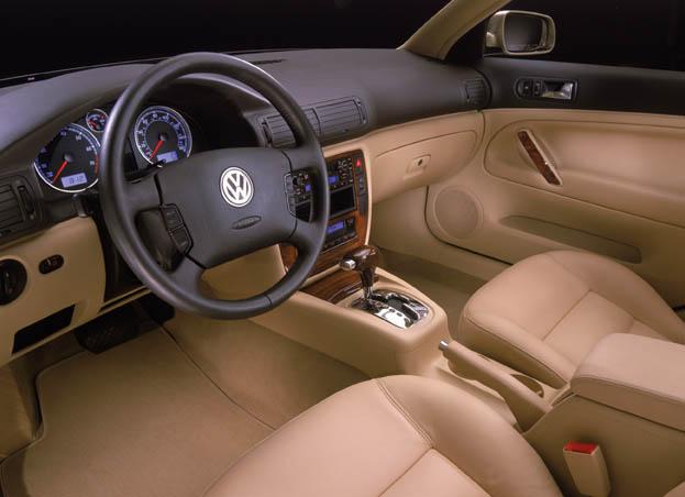 Test drive 2001 5 volkswagen passat wagon for Volkswagen passat 2000 interior