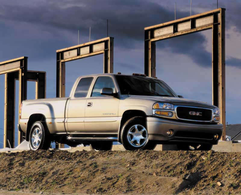 Feature Gmc S Four Wheel Steering To Revolutionise