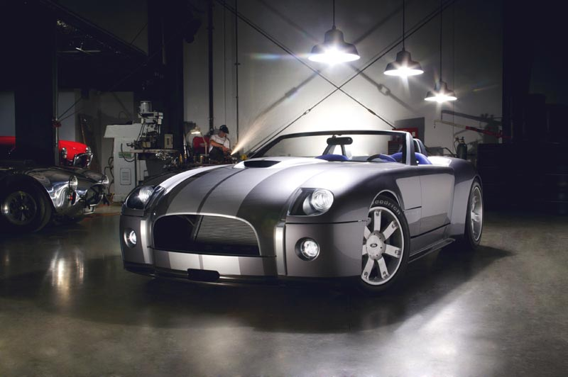 Carroll Shelby Unveils New Ford Shelby Cobra Concept