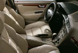 2001 Volvo S60 interior