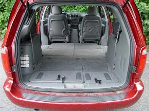 test drive 2006 dodge grand caravan sxt with stow n go seats. Black Bedroom Furniture Sets. Home Design Ideas
