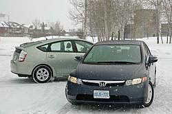 2006 Toyota Prius (left) and 2006 Honda Civic Hybrid