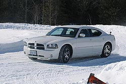 Traction 2006: Dodge Charger R/T