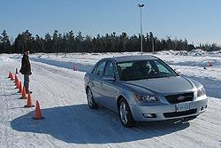 Traction 2006: Hyundai Sonata GLS V6