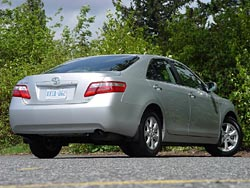 Test Drive: 2007 Toyota Camry LE Four cylinder toyota car test drives