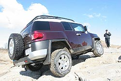 First Drive: 2007 Toyota FJ Cruiser first drives
