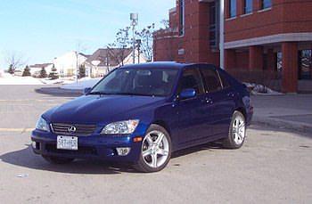 2001 Lexus IS300