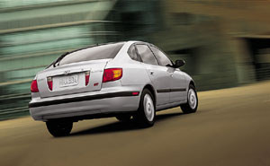 Test Drive: 2002 Hyundai Elantra GT car test drives hyundai
