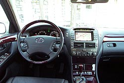http://www.autos.ca/roadtest/images/02ls430_int4-1.jpg