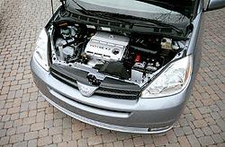 2004 Toyota Sienna 3.3 Litre V6