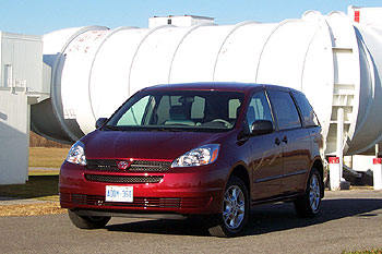 2005 Toyota Sienna CE AWD