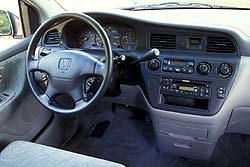 Used Vehicle Review Honda Odyssey 1999 2004 Autos Ca