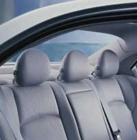 2001 Mercedes-Benz C-Class rear headrests